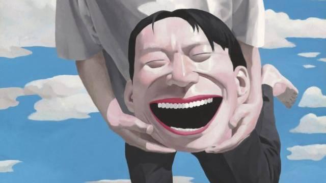 Yue Minjun (50) gehört mit seinen grinsenden Gesichtern zu den Lieblingen des Marktes.