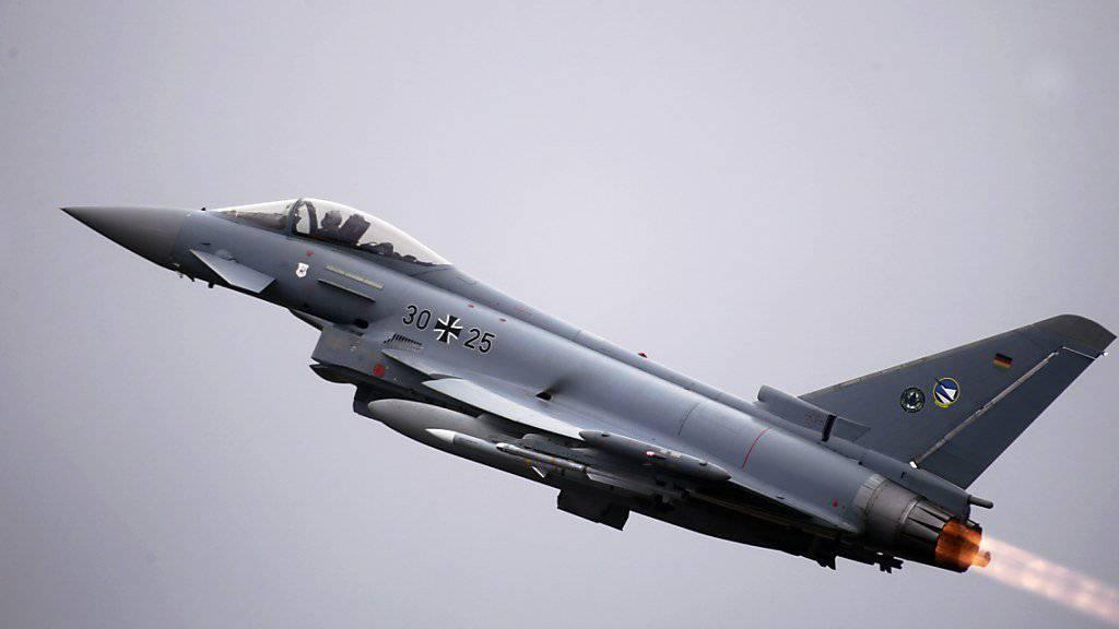 Der Bund holt Offerten für neue Kampfjets ein. Der Eurofighter ist in der engeren Auswahl. (Archivbild)