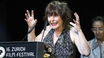 Goldenes-Auge-Gewinnerin aus Österreich Evi Romen an der ZFF-Preisverleihung in Zürich.