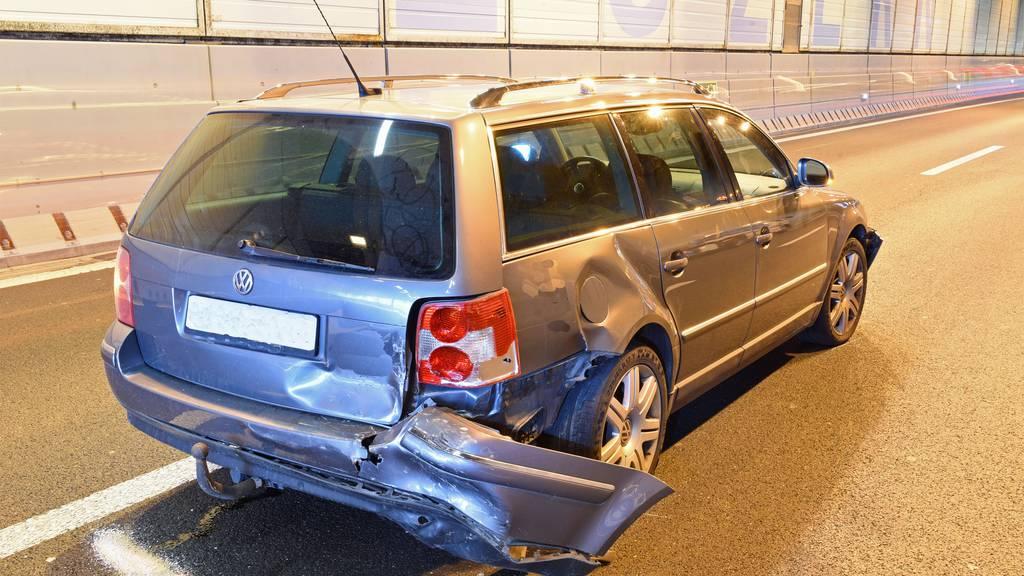 Zwei der vier beteiligten Fahrzeuglenker konnten nicht rechtzeitig abbremsen.
