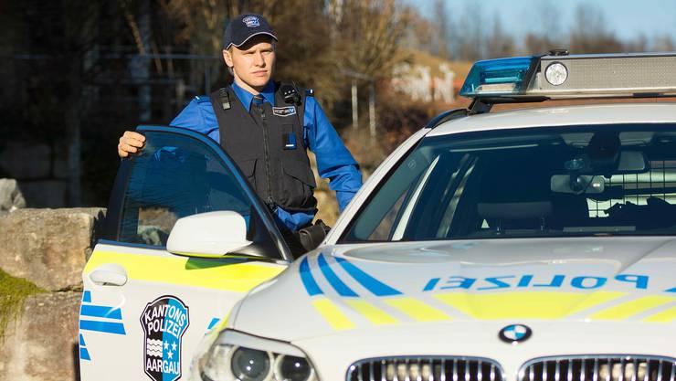 Der Kantonspolizei Aargau sind abgelenkte Autofahrer ein Dorn im Auge. (Symbolbild)