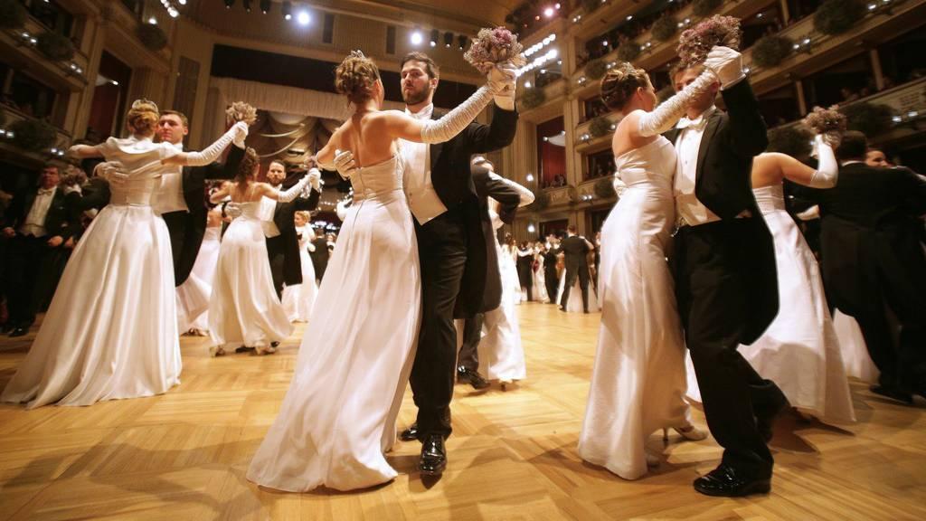 Gleichgeschlechtliches Paar debütiert am Wiener Opernball
