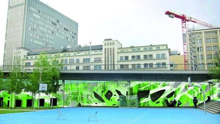 Die Basler Künstler David Lucco und Daniel Zeltner besprayen die Betonwand bei der Dreirosenanlage in den Farben Weiss, Grün und Gelb. zvg