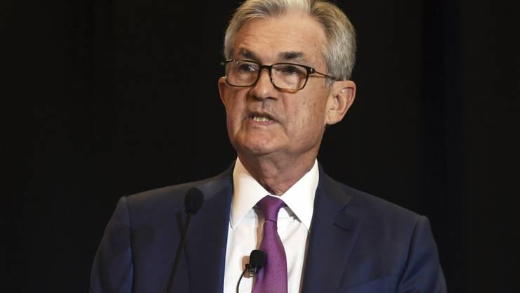 Der Chef der US-Notenbank Fed, Jerome Powell, hat am Dienstag in Denver klar eine weitere Zinssenkung der amerikanischen Zentralbank in diesem Jahr angekündigt.