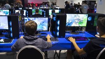 Der US-Hersteller Nvidia, der Grafikkarten vor allem für PC-Gamer herstellt, hat im zweiten Quartal weniger verkauft. (Archivbild)