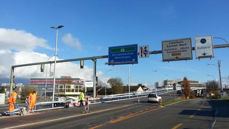 Bleibt das Wetter so schön, soll die Überführung ab 21. November ganz für den Verkehr offen sein.