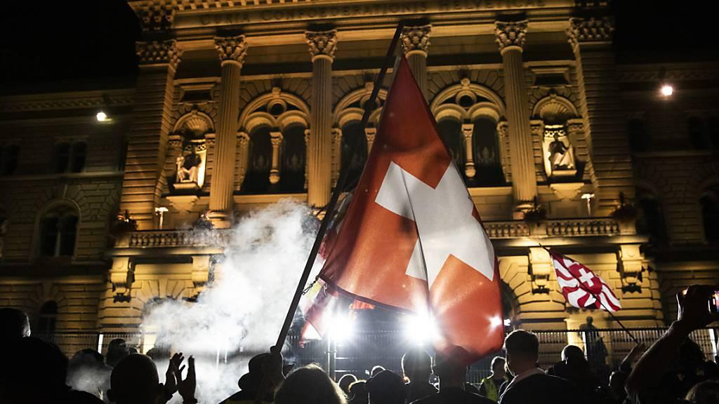 Stadt Bern toleriert unbewilligte Corona-Demos nicht mehr