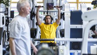 Egal ob auf dem Laufband, der Beinpresse oder dem Hometrainer: Fit sein liegt bei Jung und Alt zunehmend im Trend.