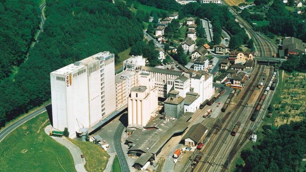 Der Agrarkonzern Fenaco übernimmt Silos und Immobilien der Groupe Minoteries im waadtländischen Penthalaz (im Bild).