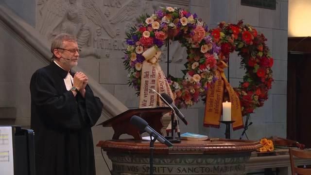 Trauerfeier für Pfarrer Sieber (Teil 1)
