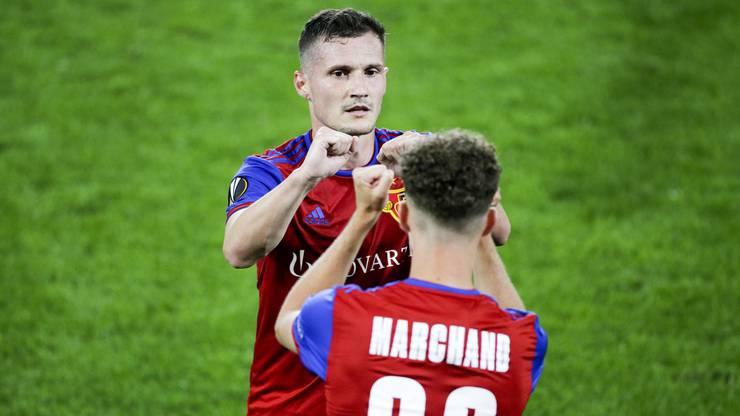 Taulant Xhaka freut sich sehr über das Weiterkommen in der Europa League.