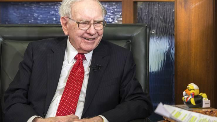 Lässt sich jährlich für einen guten Zweck kaufen: US-Starinvestor Warren Buffett. (Archiv)