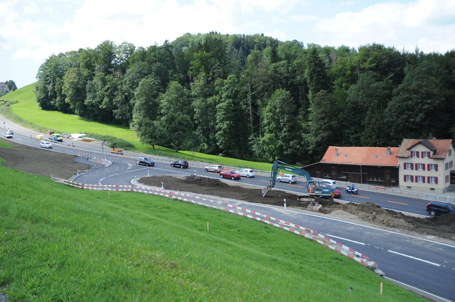 Die Strassenbauarbeiten am Einlenker Heinrichsbadstrasse sind seit dieser Woche abgeschlossen.
