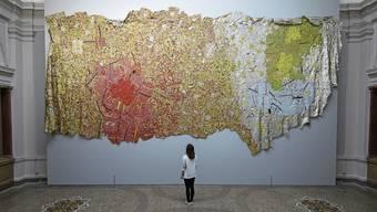 Bereits ab Dienstag, 12. Mai, ist die Ausstellung «Triumphant Scale» von El Anatsui im Kunstmuseum Bern wieder offen – zu normalen Öffnungszeiten, wie das Museum bestätigt.