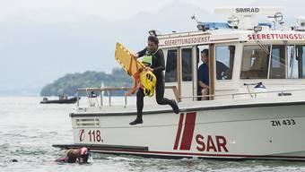 Manchmal kommt jede Hilfe zu spät. In diesem Jahr sind bisher 34 Menschen in Schweizer Gewässern ertrunken, die meisten von ihnen in Seen, Bächen und Flüssen. (Symbolbild)