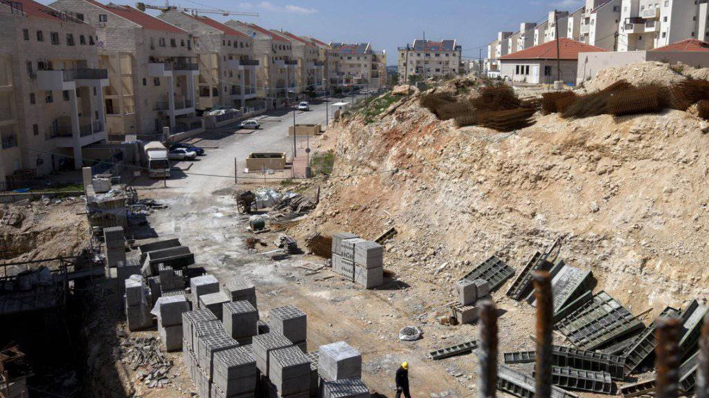 Jüdische Siedlung im Bau im Westjordanland: Der angekündigte Bau neuer Wohnhäuser wurde in den USA mit scharfen Worten kritisiert. (Archivbild)