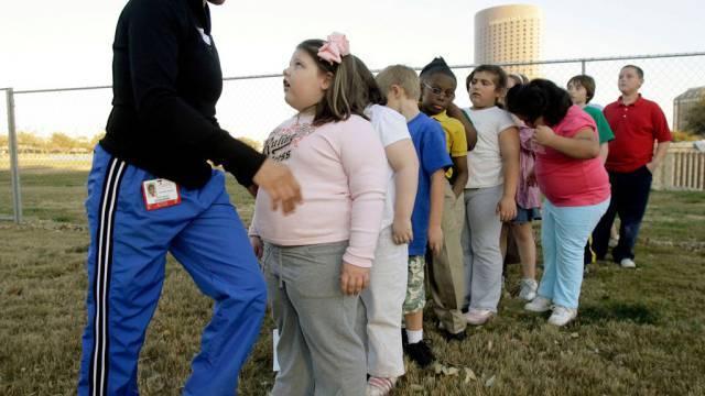 Übergewichtige US-Kinder nehmen an einem Gesundheitsprogramm teilt