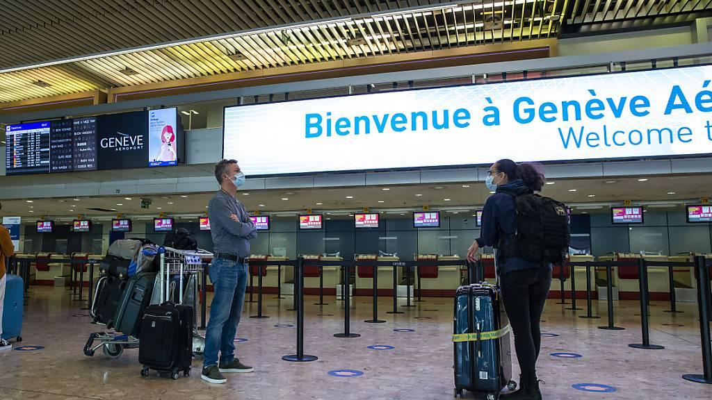 Die Passagiere bleiben aus: Der Flughafen Genf hat aktuell schwer unter den Reisebeschränkungen wegen der Coronakrise zu kämpfen. (Symbolbild)
