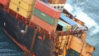 "Container der ""Rena"" werden geplündert"