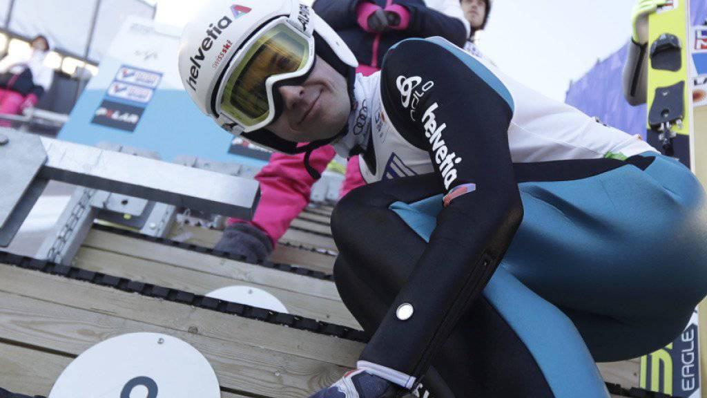 Ziemlich zufrieden: Simon Ammann zeigte am Teamspringen in Oslo zwei gute Sprünge (Archivbild)