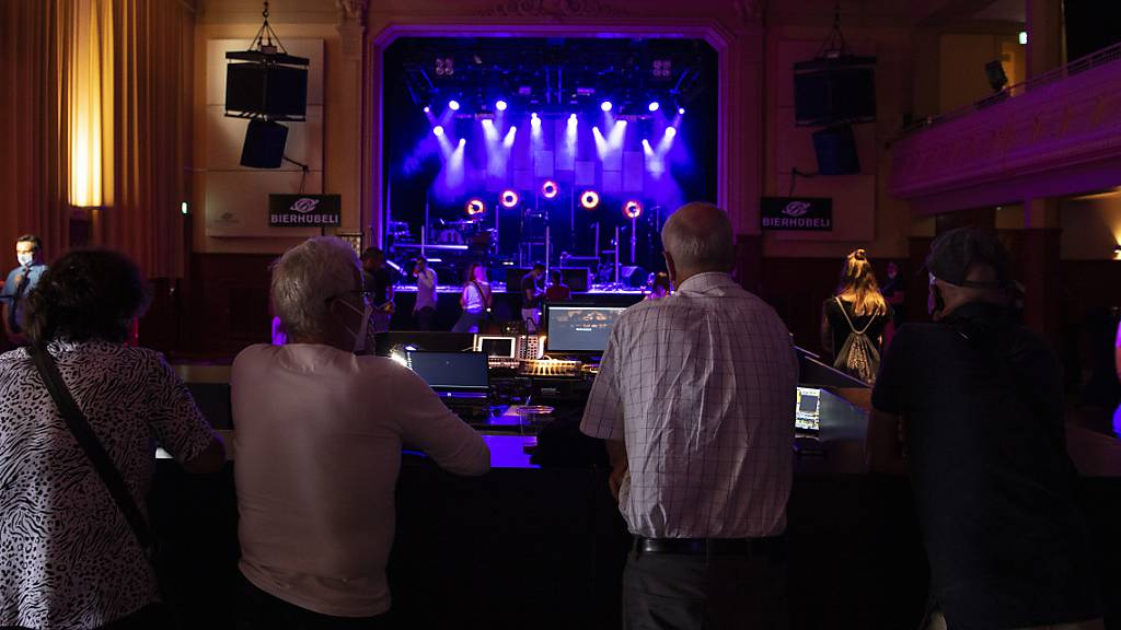 Wieder Konzert-Feeling: Corona-Testkonzert mit Patent Ochsner