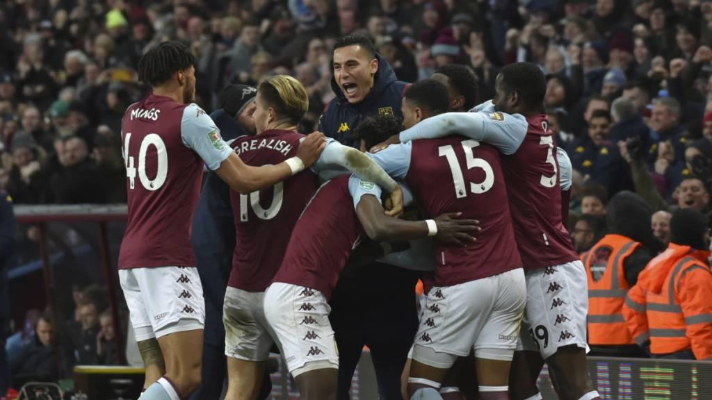 Aston Villa steht im Ligacup-Final