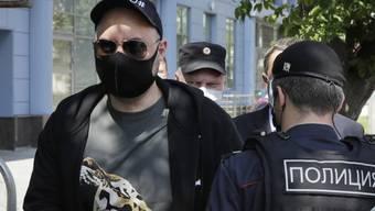 Regisseur Kirill Serebrennikow bringt nach einem jahrelangen Prozess wegen angeblichen Betrugs im kommenden Jahr einen neuen Film heraus. Foto: Pavel Golovkin/AP/dpa
