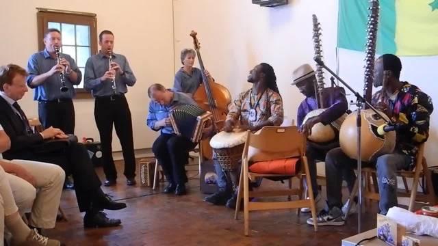 Musik aus Senegal und der Schweiz wird am Unesco-Treffen ins Solothurn gespielt – am Ende gibt es noch ein gemeinsames Stück