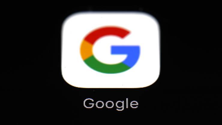 Einigung auf Kompromiss beim neuen EU-Urheberrecht: Google soll in Zukunft für das Anzeigen von Artikel-Ausschnitten den Verlegern Geld zahlen. (Archiv)