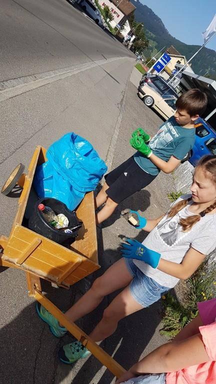 Dabei entdeckten sie nebst Müll auch interessante Dinge.