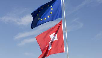 Eine neue, von SVP und AUNS geplante Initiative stellt das Verhältnis zwischen der Schweiz und der EU erneut auf die Probe. (Symbolbild)