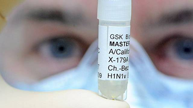 Probe mit dem Grippevirus (Archiv)
