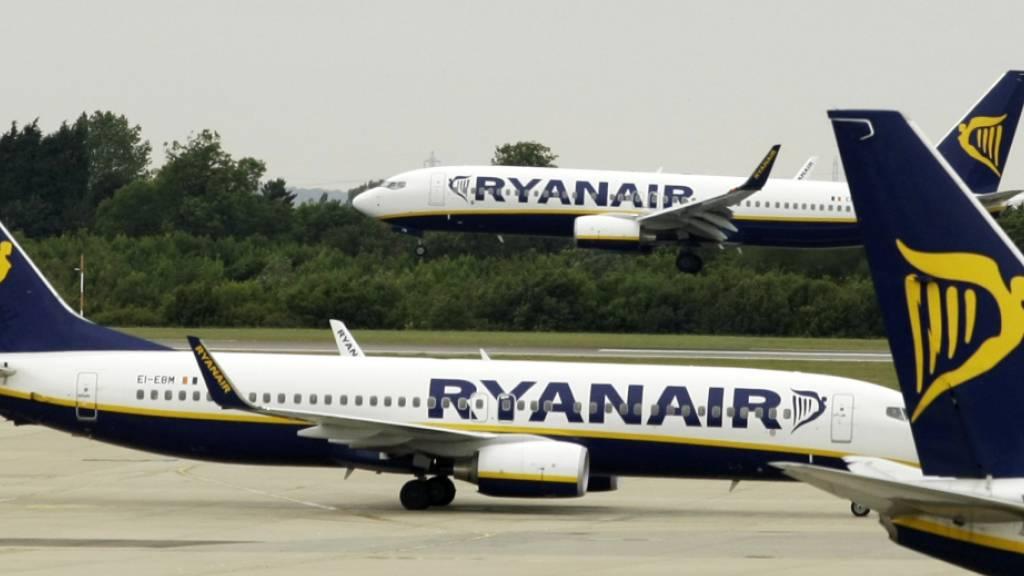 Ryanair muss Gürtel enger schnallen. (Archivbild)