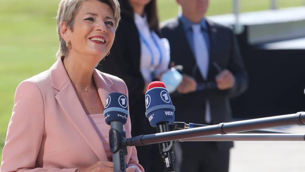 Bundesrätin Karin Keller-Sutter hat am Treffen der EU-Innenminister am Donnerstag im slowenischen Kranj eine schnelle Reform von Schengen/Dublin gefordert.