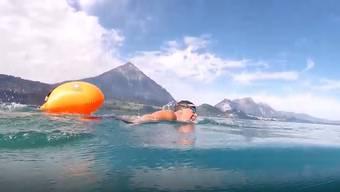 Der Extremschwimmer Jürg Ammann durchschwamm den gesamten Thunersee ohne Neopren-Anzug. Sein Vorhaben ist damit aber noch nicht abgeschlossen.