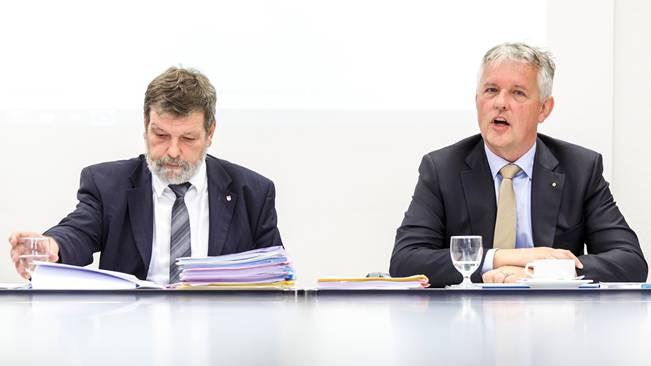 Personalproblem: CVP-Finanzdirektor Roland Heim (l.) muss sich einen neuen Steueramt-Chef suchen. Marcel Gehrig (r.) ist per sofort nicht mehr im Amt.HP. Bärtschi
