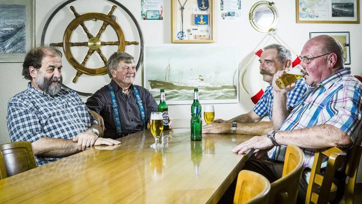 «Fantastisch, hätten wir es bloss realisiert.» Vier ausgemusterte Seeleute im eigenen Club, froh um die Erinnerungen. Ohne zurückzublicken, fehlte dem Landrattendasein irgendwie das Salz.