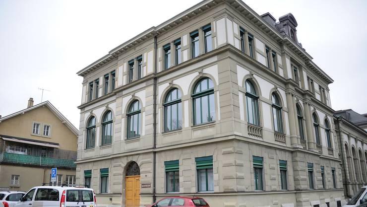 Hier wird den schweizweit tätigen Betrügern der Prozess gemacht: das Gerichtsgebäude an der Römerstrasse in Olten.