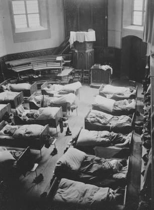 Während der Umbauphase 1929 schlafen die Knaben zeitweise in der Kirche (