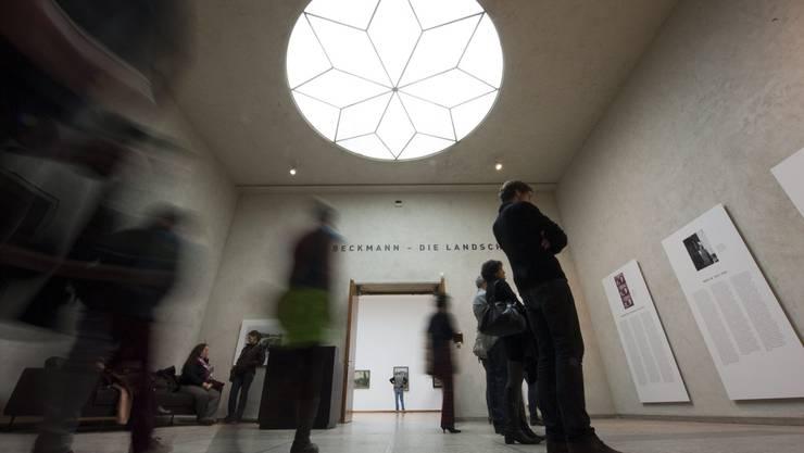 Das Kunstmuseum Basel (Bild Museumsnacht 2012) darf fast alle Werke Malevichs behalten, die sich seit Jahrzehnten in seiner Sammlung befinden.