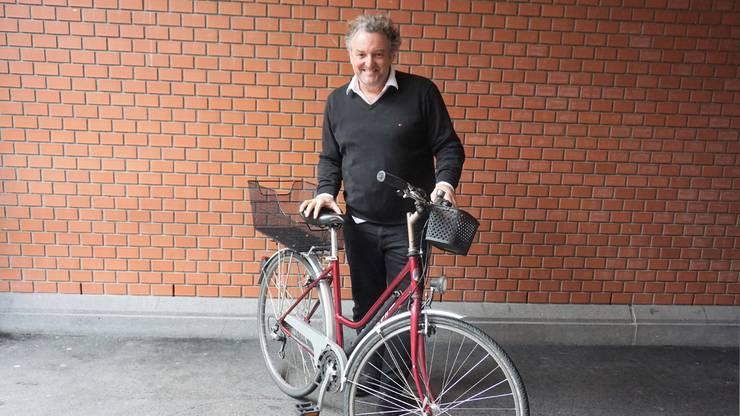 Marco Rima hat eine Velotour mit dem E-Bike gemacht.