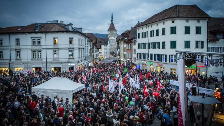 3500 Demonstranten kamen zum «Aufstand der Anständigen» nach Aarau. (23. September 2015)