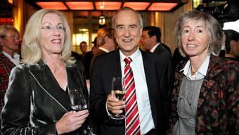 Annette Ringier (r.) an einer Veranstaltung zum 50. Jubiläum des «Blick» in Zürich. Neben ihr stehen Kurt Felix und ihre Schwester Evelyn Lingg-Ringier.