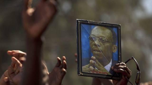 Tausende Anhänger von Ex-Präsident Aristide demonstrieren in Haiti
