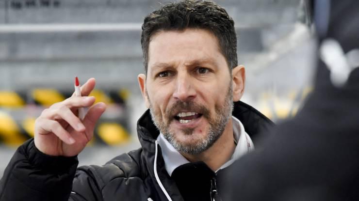 Trainer Chris Bartolone.