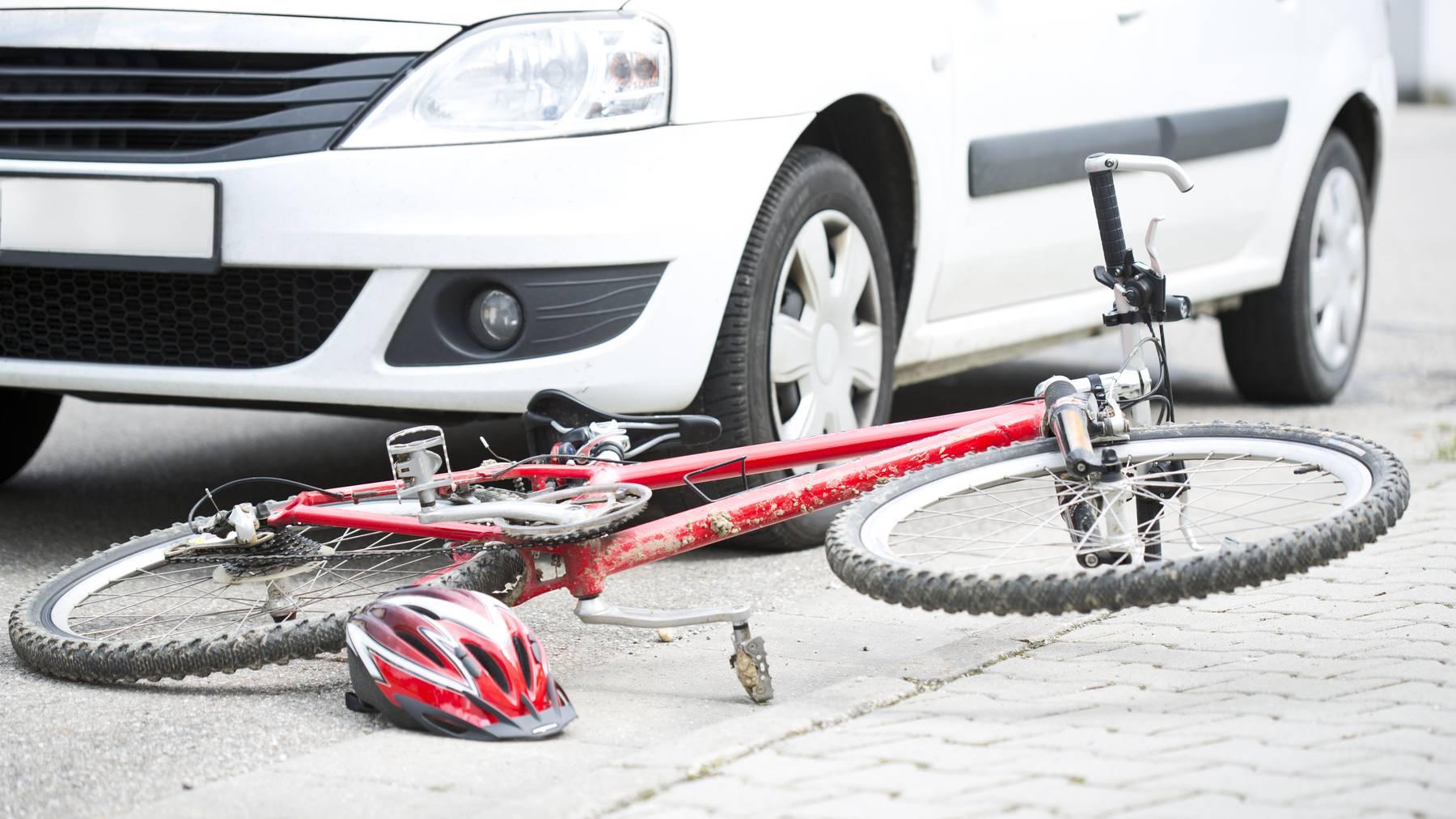 In Sursee kam es am Freitagabend zu einem schweren Unfall. (Symbolbild)