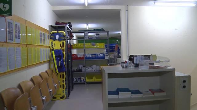 Im Keller: So sieht es in dem unterirdischen Not-Spital in Muri aus.