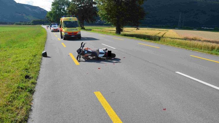 Der Fahrer musste ins Spital gebracht werden.