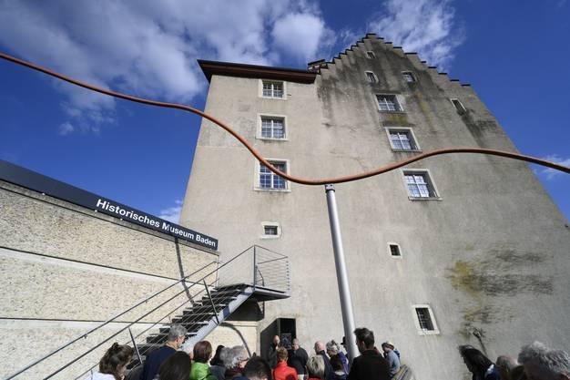 Für das Werk am Neubau des Historischen Museums befasste sich Hattan intensiv mit der topografischen Lage am Schartenfels.