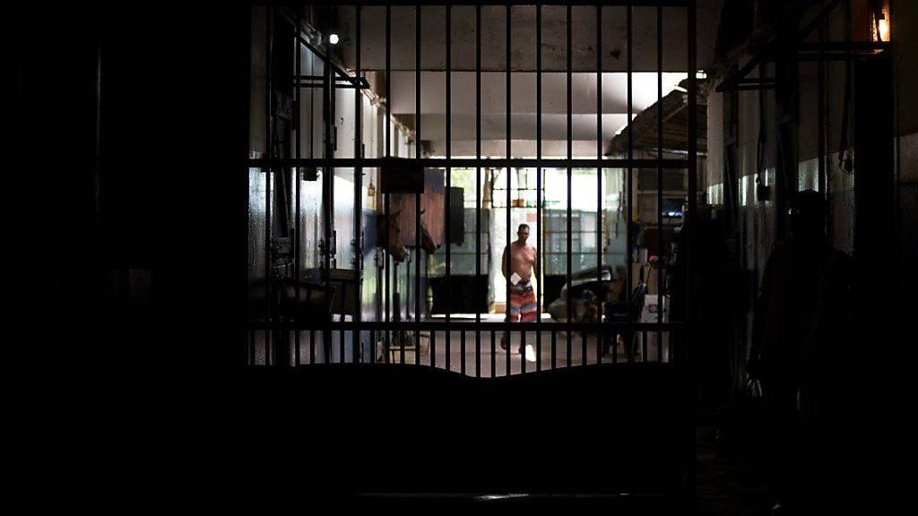 In den Gefängnissen in Venezuela gerät die Lage wegen katastrophaler Haftbedingungen zunehmend ausser Kontrolle. (Symbolbild)